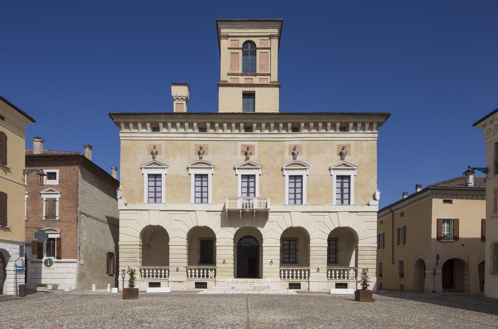 Palazzo Ducale - esterno.jpg